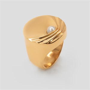 Позолоченное кольцо-печатка с жемчугом «Gravity» Fjord
