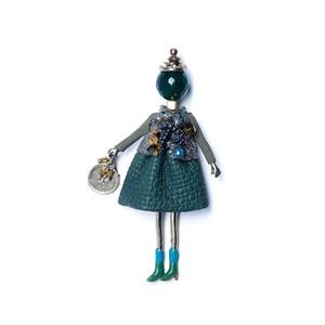 Брошь-кукла «Медея» Moon Paris